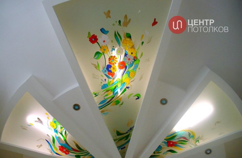 Натяжной потолок-витраж